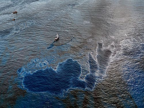 Burtynsky_oil_spill_4_oil_skimming_boat_near_ground_zero_gulf_of_mexico_2010_lg